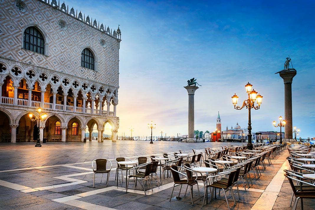 La place Saint-Marc à Venise en Italie, découverte magazine.