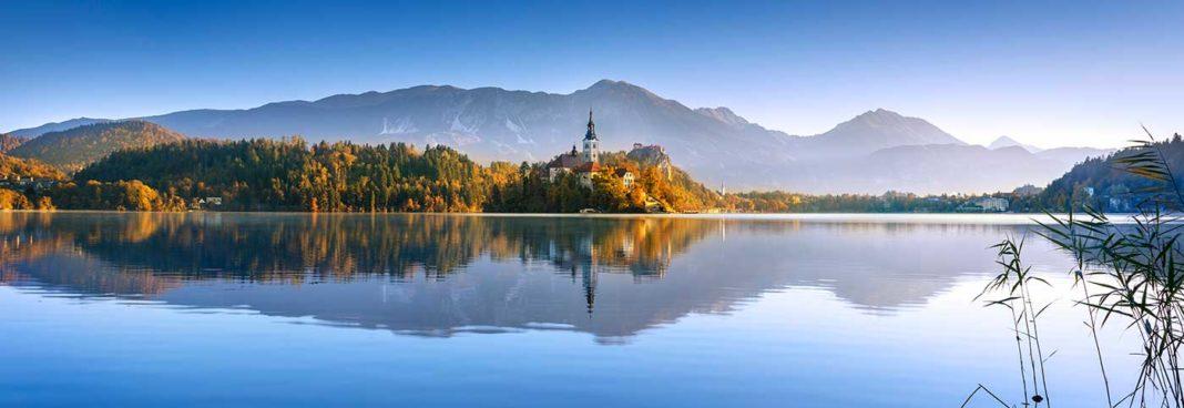 Panorama de Bled en Slovénie.