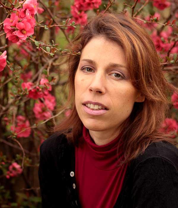 Aline Quod est une illustratrice française qui présente ses illustrations sur le magazine Découverte.